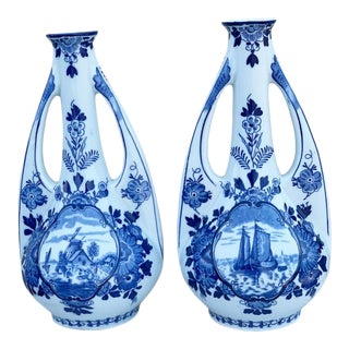 Delft Vases Mid Century Pair Delft Amphora Double Handled Vase Bottles - a Pair For Sale