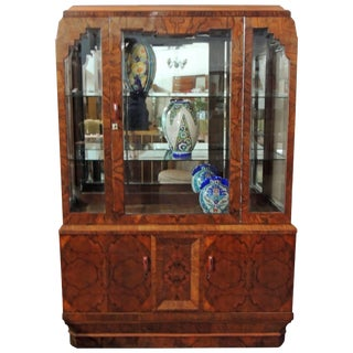 Book Match Veneer Vitrine, Art Deco For Sale