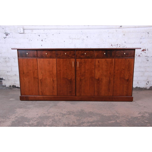 Milo Baughman for Directional Monumental His and Hers Dresser, 1960s For Sale - Image 13 of 13