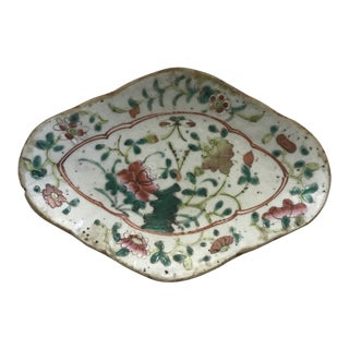 Footed Chinese Export Porcelain Dish For Sale
