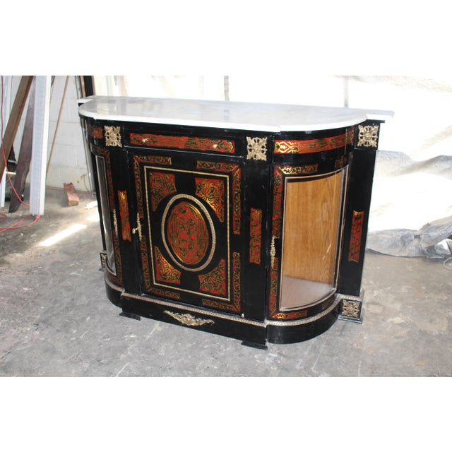 French 20th Century Louis XVI Boulle Glass Door Cabinet With Marble Top For Sale - Image 3 of 9
