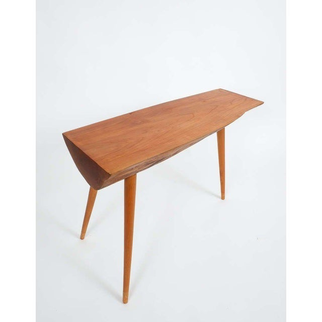 Brown Walnut Wood End Table in the Style of George Nakashima, 1950 For Sale - Image 8 of 9