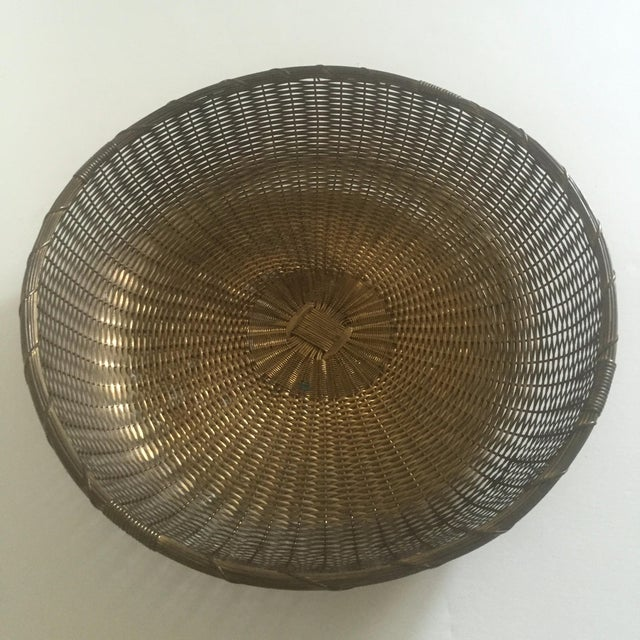 Vintage 1940's Brass Hand Woven Large Round Rustic Metal Basket - Image 7 of 11