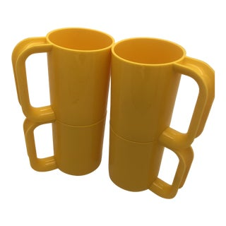 Massimo Vignelli for Heller Stackable Yellow Melamine Mugs - Set of 4 For Sale