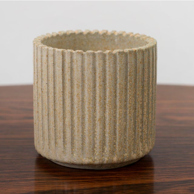 White Arne Bang Small Ribbed Stoneware Vessel, Denmark 1950s For Sale - Image 8 of 8