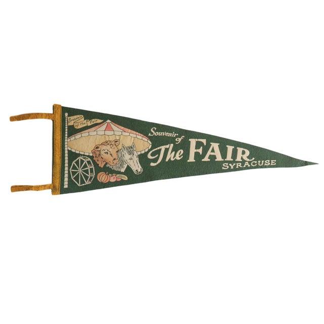 1940s Vintage Souvenir of the Fair Syracuse Felt Flag Pennant For Sale - Image 5 of 5