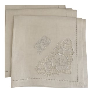 Vintage Ivory Linen Monogrammed Dinner Napkins- Set of Six For Sale