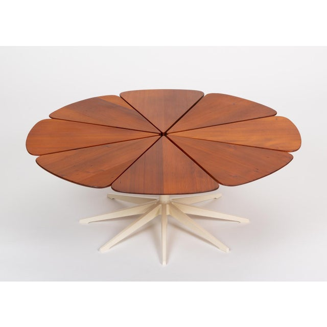 Knoll Petal Collection Coffee Table by Richard Schultz for Knoll For Sale - Image 4 of 13