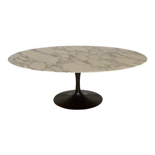 Knoll Saarinen Tulip Calacatta Marble Dining Table For Sale