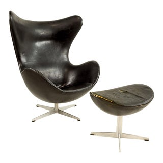 1960s Mid-Century Modern Arne Jacobsen for Fritz Hansen Leather Egg Chair & Ottoman - 2 Piece Set