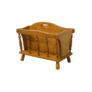 1960s Vintage George B. Bent Co. Gardener Ma Maple Colonial Style Magazine Rack For Sale