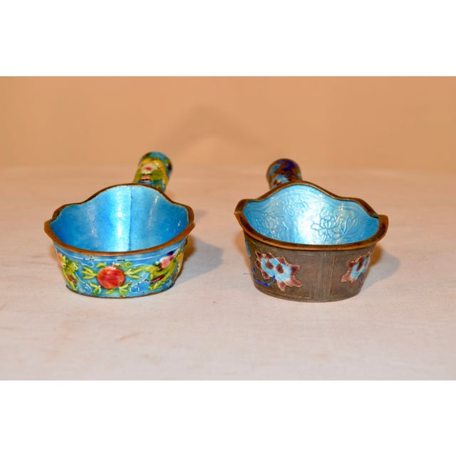 Chinese Pair of 19th Century Chinese Enameled Ladles For Sale - Image 3 of 7