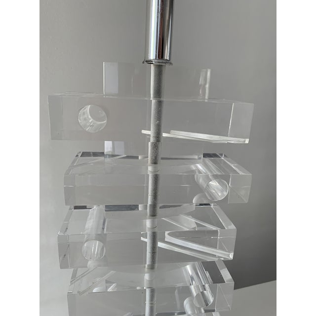 1970's Lucite Stacked Lamp For Sale - Image 4 of 13
