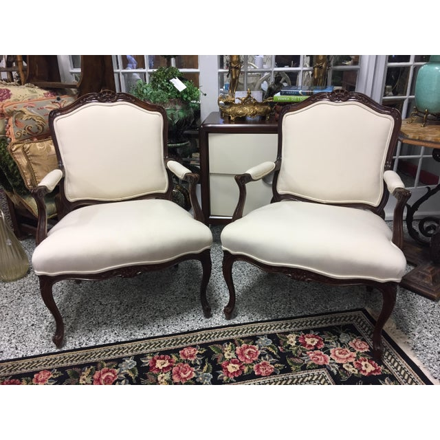 1980s Queen Anne Style Sherrill Cream Arm Chairs - a Pair For Sale - Image 9 of 9