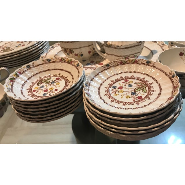 Copeland 1940s Vintage Copeland Spode Cowslip China Set - 63 Pieces For Sale - Image 4 of 13