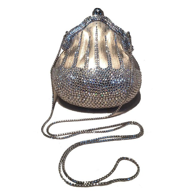 1980s Judith Leiber Silver Metal and Swarovski Crystal Coin Pouch Minaudiere For Sale - Image 5 of 9