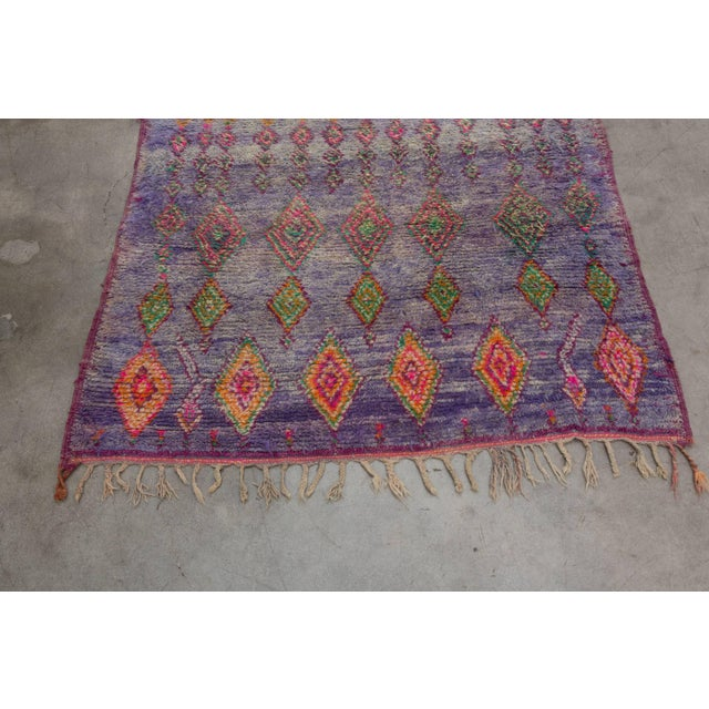 Islamic Vintage Moroccan Beni M'Guild Rug - 6′ × 10′9″ For Sale - Image 3 of 10