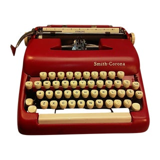 Red Smith Corona Portable Typewriter & Case