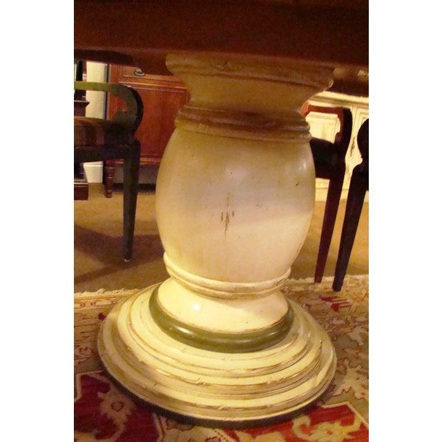 Woodland Aberdeen Pedestal Table - Image 4 of 7