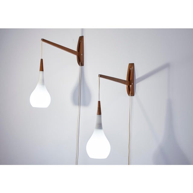 Gino Sarfatti 1950s Vintage Mid-Century Modern Adjustable Wall Sconces - a Pair For Sale - Image 4 of 11