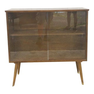 Mid Century Modern Display Cabinet With Sliding Glass Doors For Sale