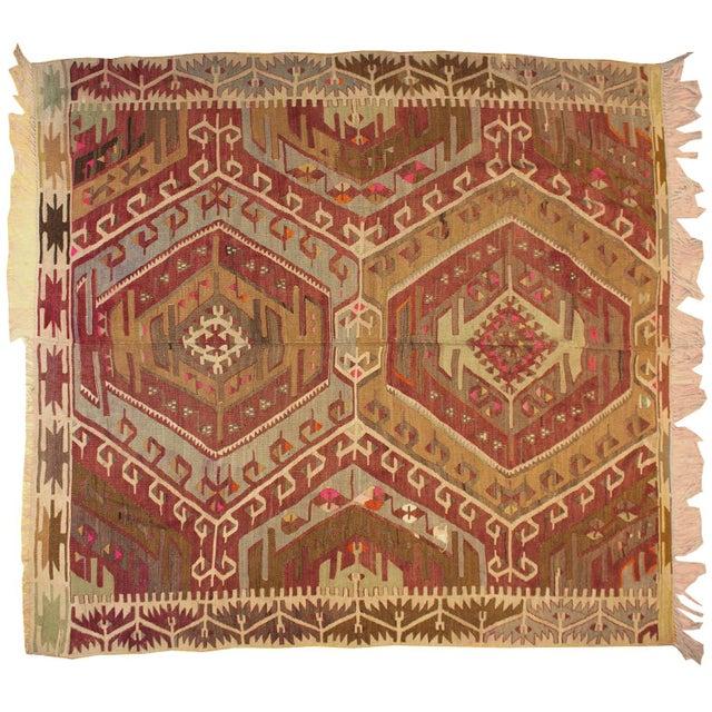 Vintage hand-woven 100% wool Turkish Kilim rug.
