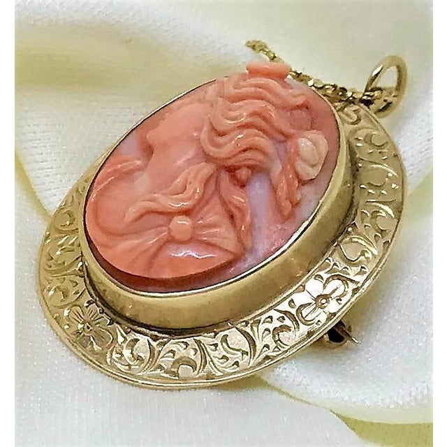 Art Nouveau 14k Gold & Coral Cameo Brooch/Necklace For Sale - Image 3 of 9