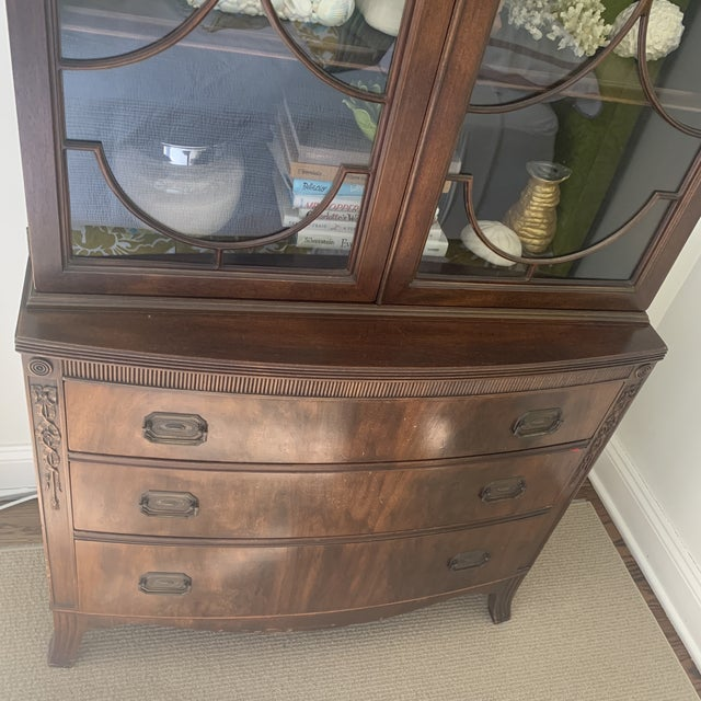 Traditional Antique Mahogany China Display Cabinet For Sale - Image 3 of 13