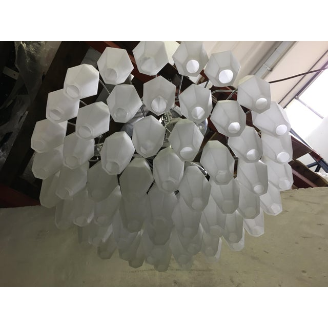Chandelier Murano Glass Poliedro White Sand Kromo Metal Frame For Sale - Image 6 of 13