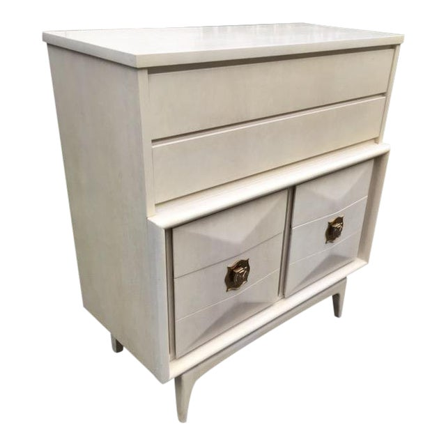 1960s Vintage United Furniture Diamond Front Lowboy Chairish