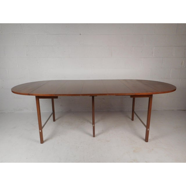 Mid Century Modern Expandable Drop Leaf Dining Table By Paul Mccobb Chairish