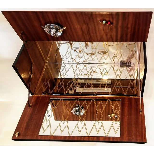 Mid 20th Century Art Deco Light Up Cocktail Cabinet in English Walnut With Patterned Glass Interior For Sale - Image 5 of 10