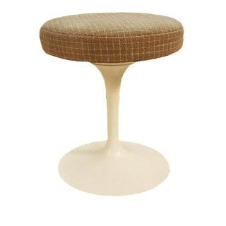 Knoll Eero Saarinen Mid Century Swivel Tulip Stool For Sale