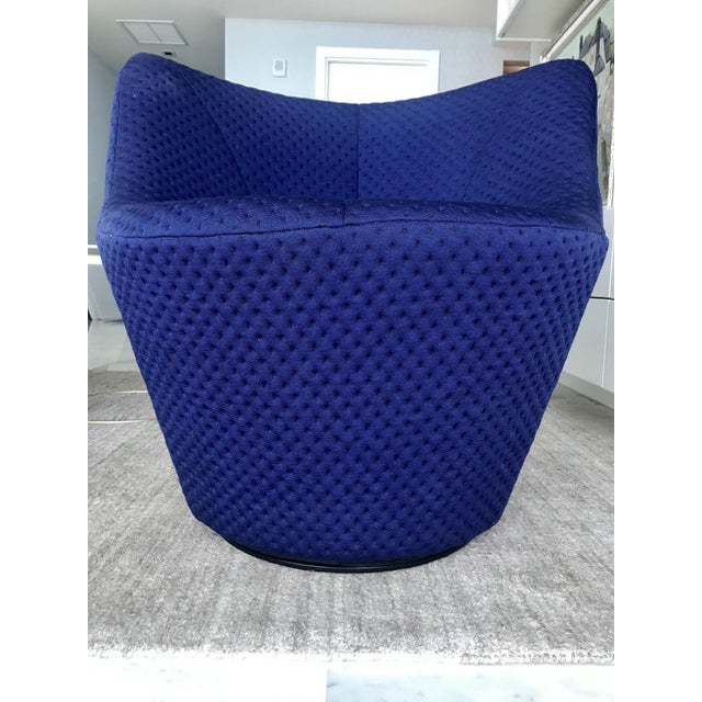Anda Swivel Armchair and Ottoman by Pierre Paulin for Ligne Roset, C. 2018 For Sale - Image 10 of 13