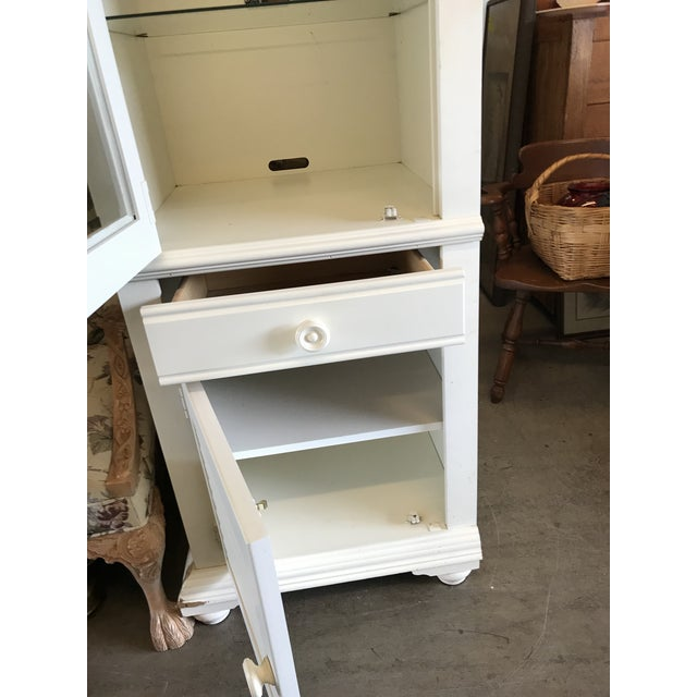 Broyhill Broyhill Furniture Beach Cottage Style Cabinet For Sale - Image 4 of 11