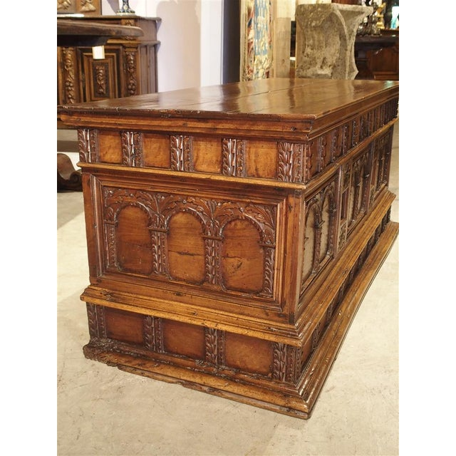 Brown 18th Century Walnut Wood Trunk from Italy For Sale - Image 8 of 11