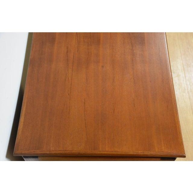 1960s Danish Modern Teak Executive Desk by g.v. Gasvig For Sale - Image 5 of 11