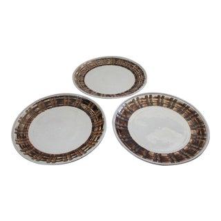 Mid-Century Modern Gordon & Jane Martz Marshall Studios Ceramic Plates- Set of 3 For Sale