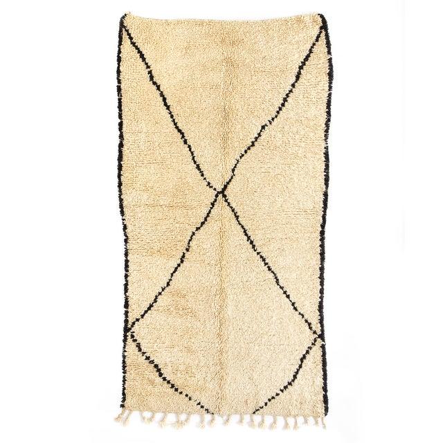 "Vintage Beni Ourain Moroccan Rug - 4'6"" x 8'9"" - Image 1 of 2"