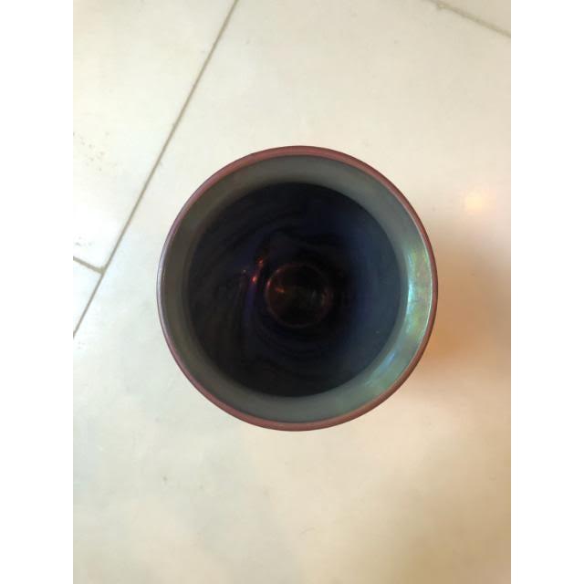 Orient & Flume Art Glass Swirl Vase For Sale - Image 4 of 7