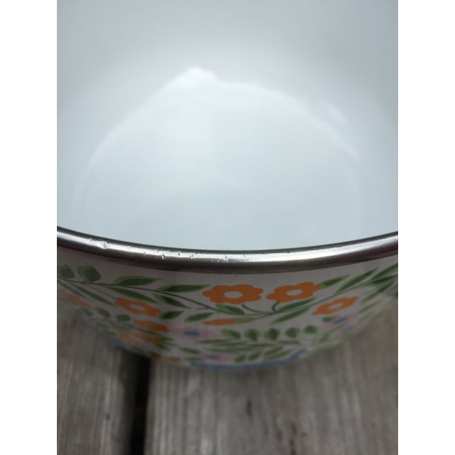 Colorfully Decorated Enamelware Bowl - Image 6 of 7