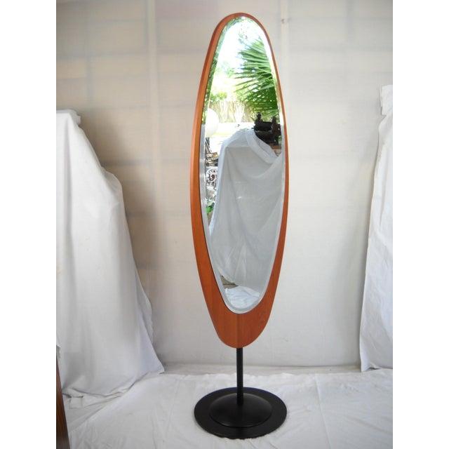 Italian Mid-Century Italian Standing Floor Mirror For Sale - Image 3 of 9