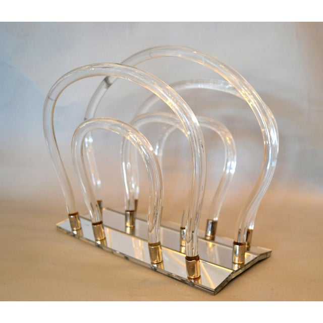 Dorothy Thorpe Mid-Century Modern Magazine Rack Mirrored Glass, Lucite & Chrome For Sale - Image 10 of 12