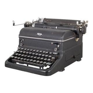 """Antique Royal """"Magic Margin"""" Typewriter C. 1938 For Sale"""