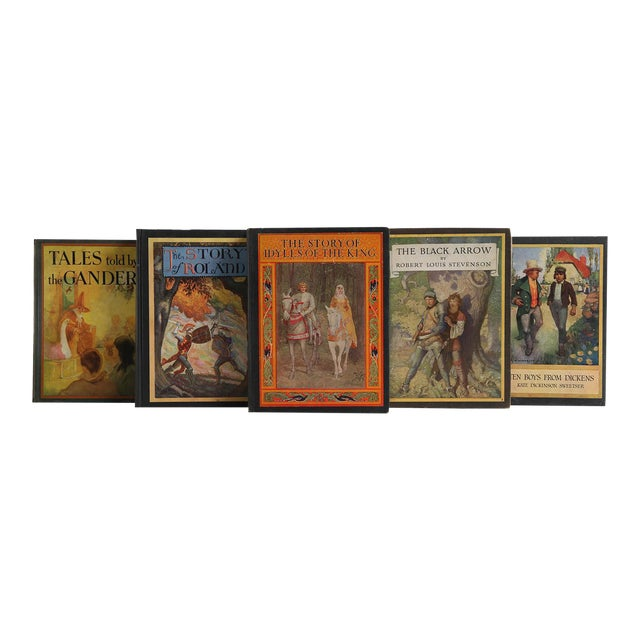 Vintage Book Decorative Display Set - Tales From Britain For Sale
