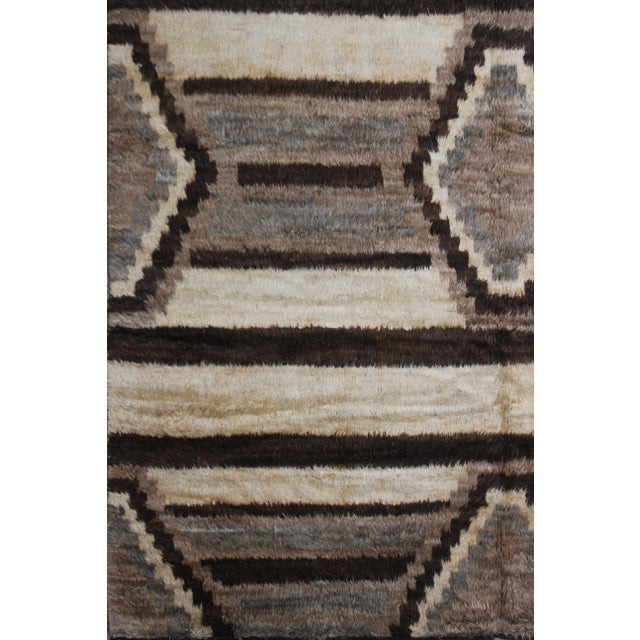 "Navajo Hand Knotted Navajo Style Rug - 9'10"" x 8'3"" For Sale - Image 3 of 3"