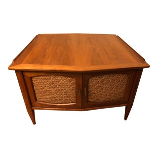 Vintage American Heritage Two-Door End Table For Sale