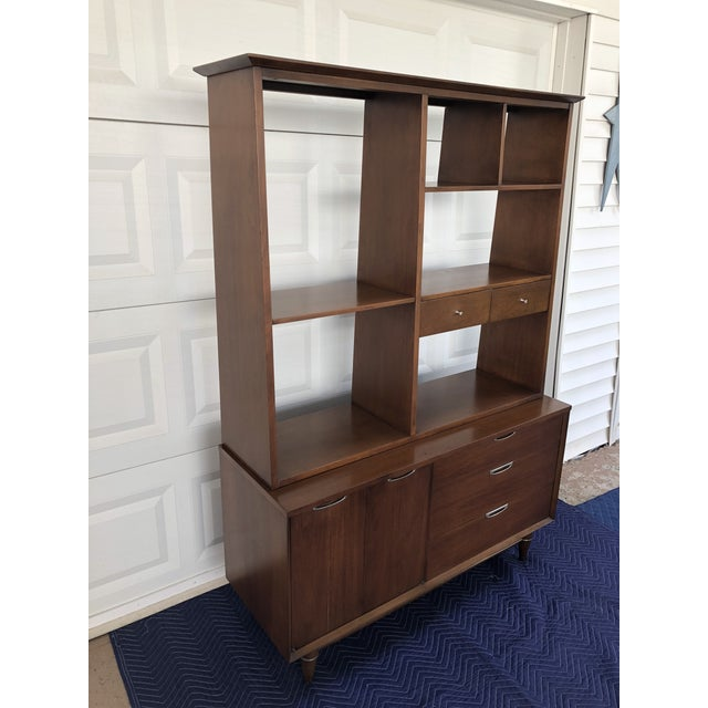 Mid century Broyhill Premier accent line hutch. Hutch is two pieces with top piece featuring shelves and two small drawers...