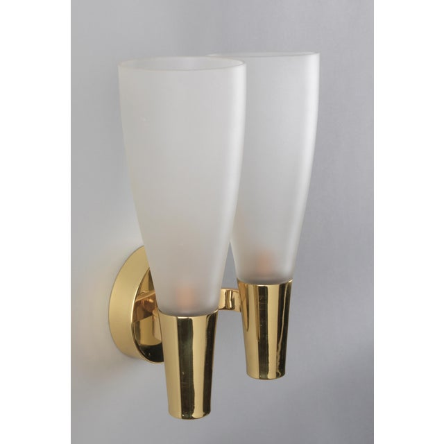 Pair of Modernist Sconces by Pietro Chiesa for Fontana Arte in Bronze and Glass, Italy 1930's For Sale In New York - Image 6 of 8
