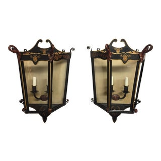 1990s English Traditional Black Tole Gilt Decorated Neoclassical Wall Lanterns - a Pair For Sale